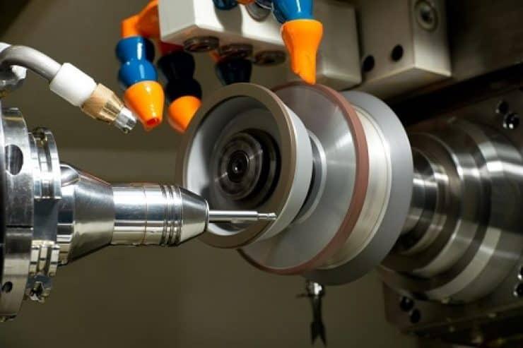 Regeneracja narzędzi i wykonywanie narzędzi specjalnych